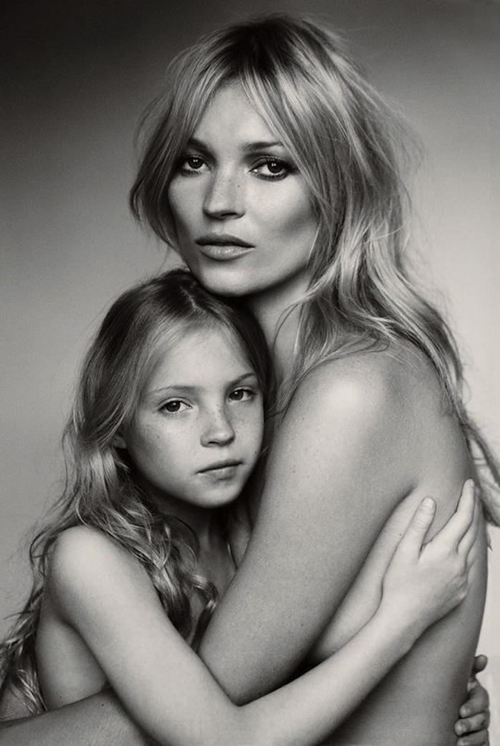 мама и дочка ню фото