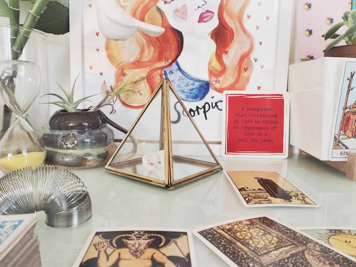 Numinous Tarotscopes writer Louise Androlia's altar featured on The Numinous how to design an altar