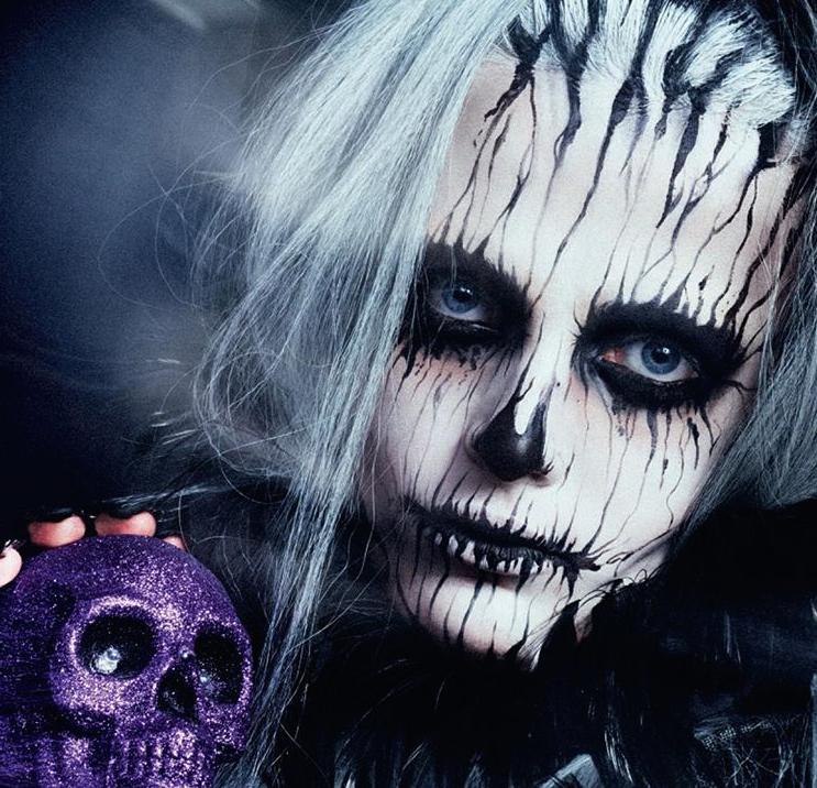 Zombie Halloween make-up tutorial on The Numinous