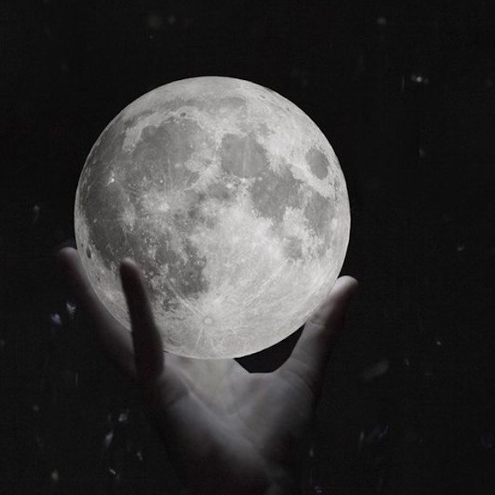 Reading for the Virgo full moon 2016 by hannah Ariel for The Numinous