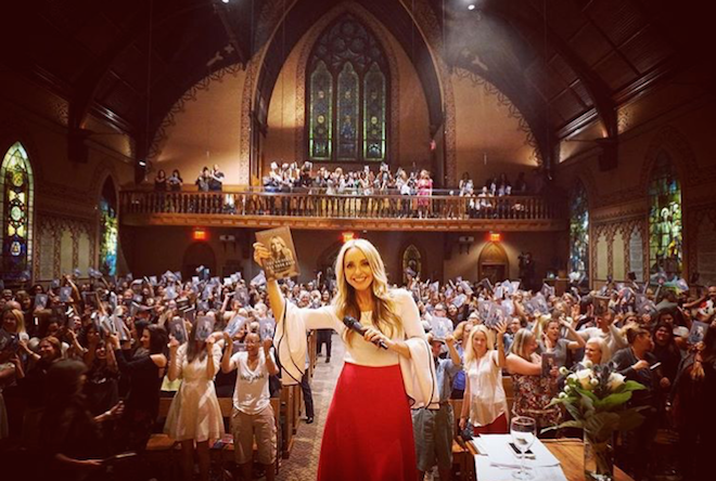 gabby bernstein the universe has your back book launch nyc 2016 moon magic the numinous
