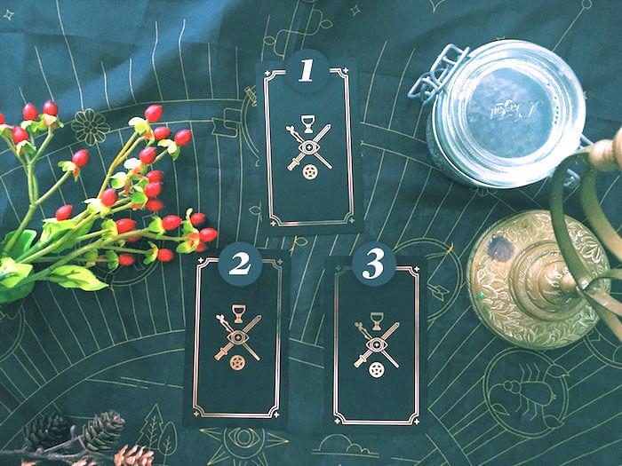 Labyrinthos Academy Online Tarot School Luminous Spirit Tarot Tina Gong The Numinous Moon Tarot Golden Thread Tarot Last Quarter Tarot Spread
